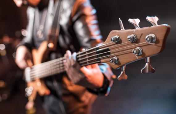 ecole de guitare basse à Paris avec l'école Easy Band